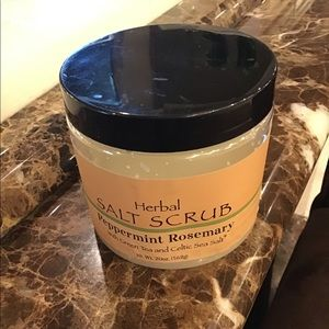 🌷WORLD MARKET PEPPERMINT ROSEMARY SALTS SCRUB NWT